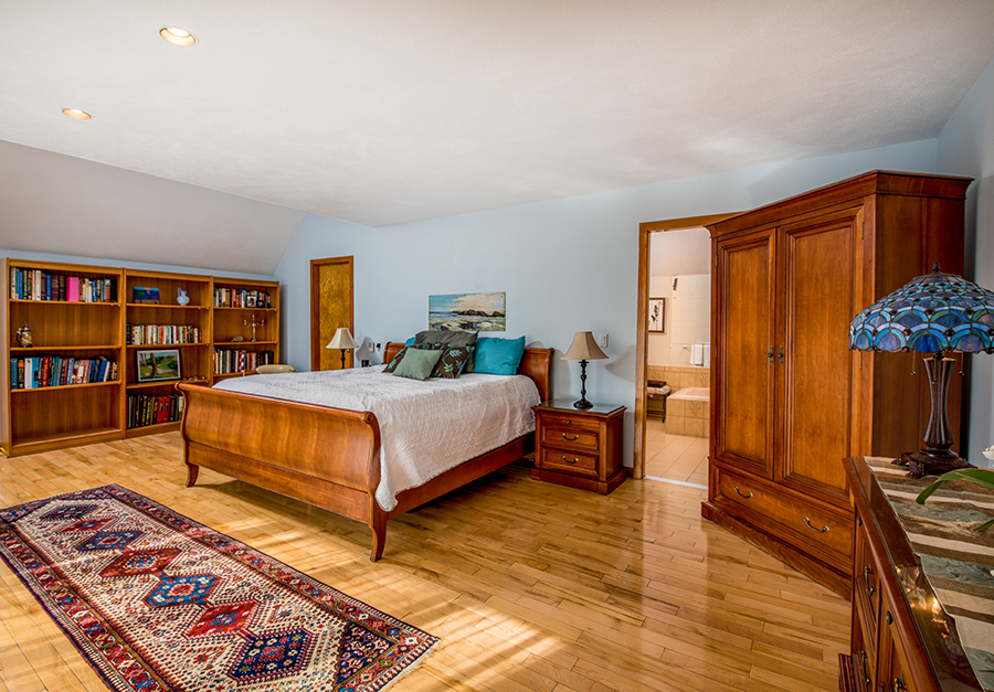 EckFoto Real Estate Photography - Home in Marblehead Bedroom